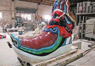 世界最大陶瓷雕塑虎头鞋和丝绸之路起点已烧好