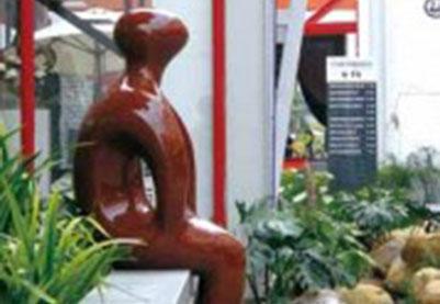 深圳F518创意园园区雕塑